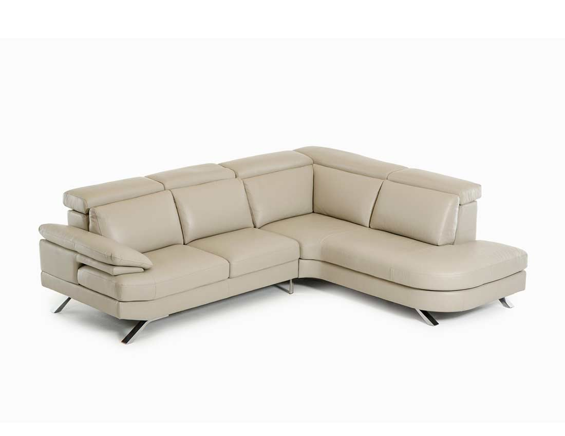 Leather sectional sofa glen leather sectionals for Contemporary sectional sofas