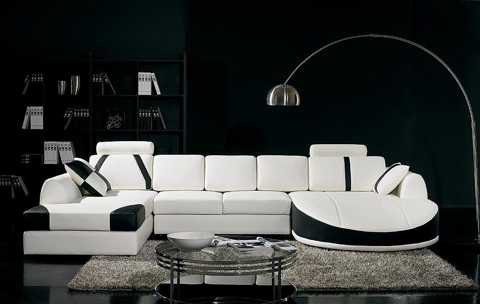 Black and White Leather Sofa 950 x 603