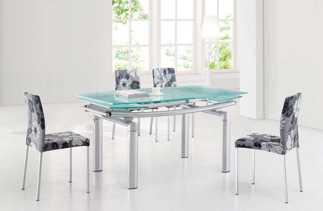 EF 36 Dining Table With 4 Chairs