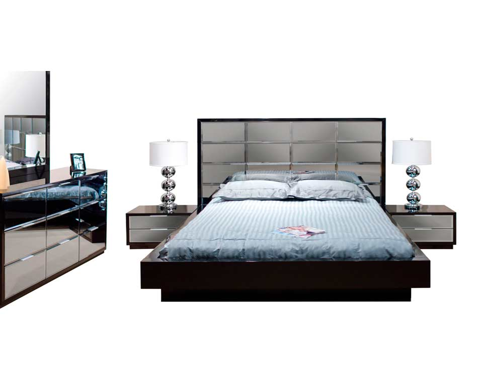 Modern black bedroom mena with mirrored headboard for Bedroom set with mirror headboard