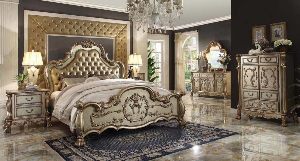 Luxurious Classic Bed Delmon Classic Bedroom