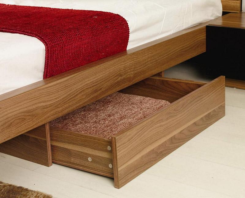 Roma Walnut Contemporary Bed: Rome Bedroom In Walnut Finish