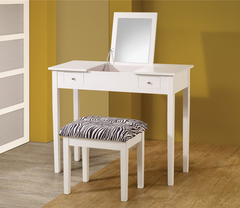 Nice White Vanity Set CO 285