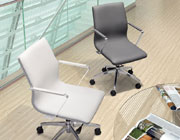 Low back leatherette office chair Z-151