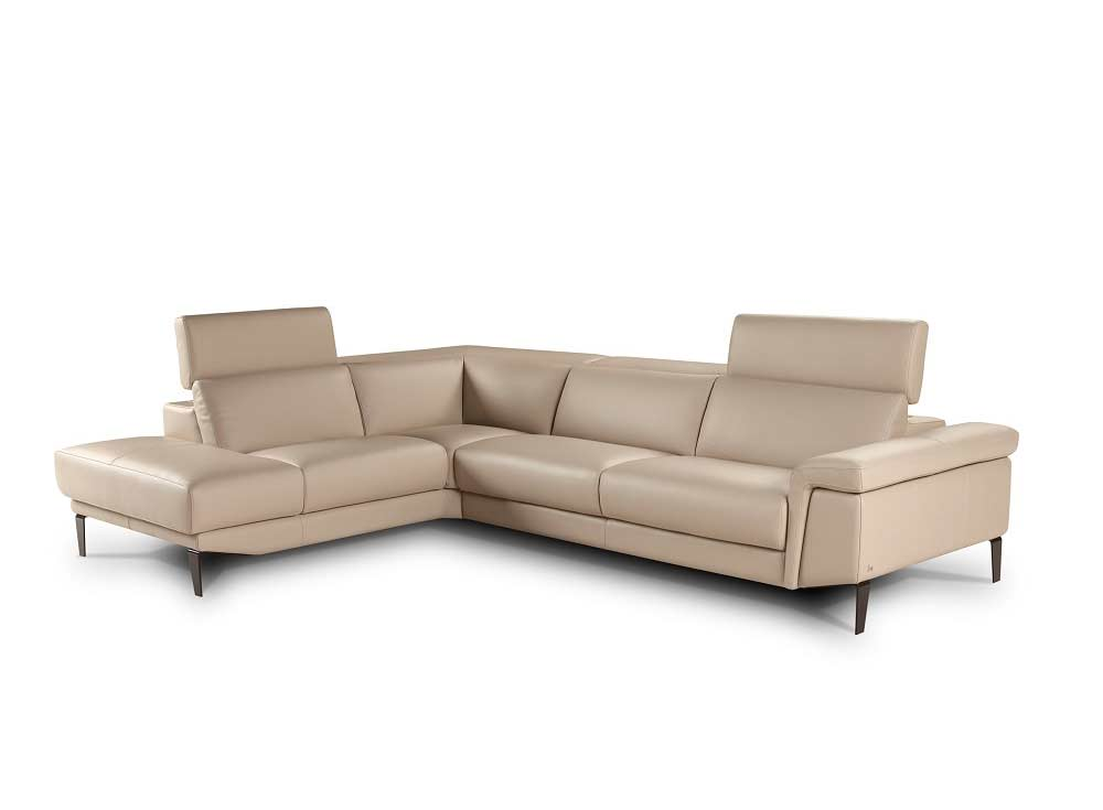 Loreto Leather Sectional Sofa By Nicoletti Leather