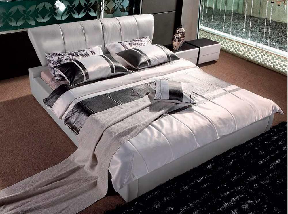Modern Beige Leatherette Bed VG070
