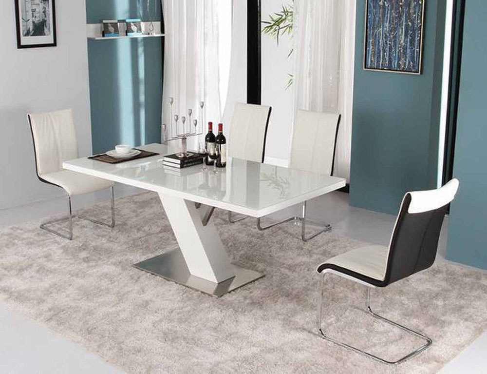 Modern white lacquer dining table modern dining for Modern dinning room table
