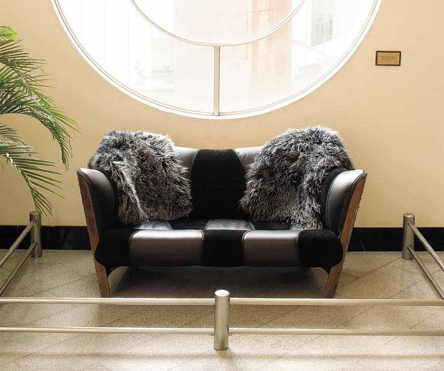 Love Seat Cayenne By Pacific Green