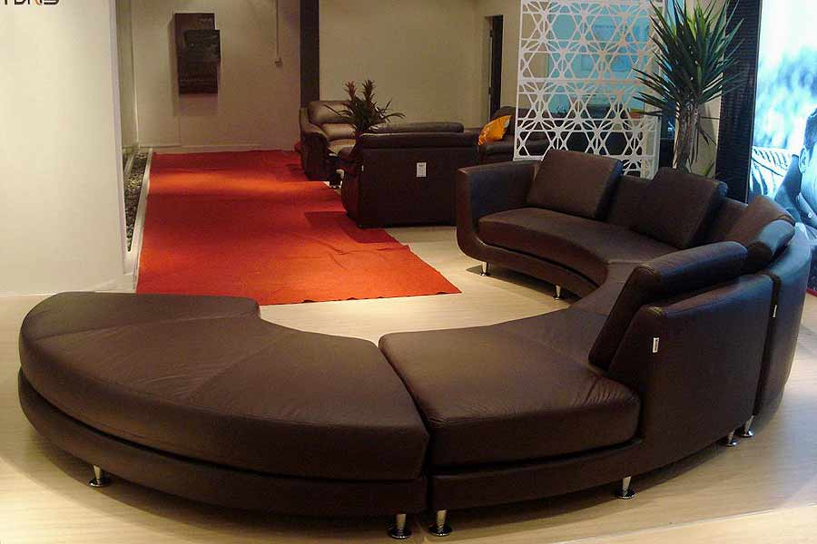 Roller espresso leather sectional round sofa leather for Round couches for small living rooms