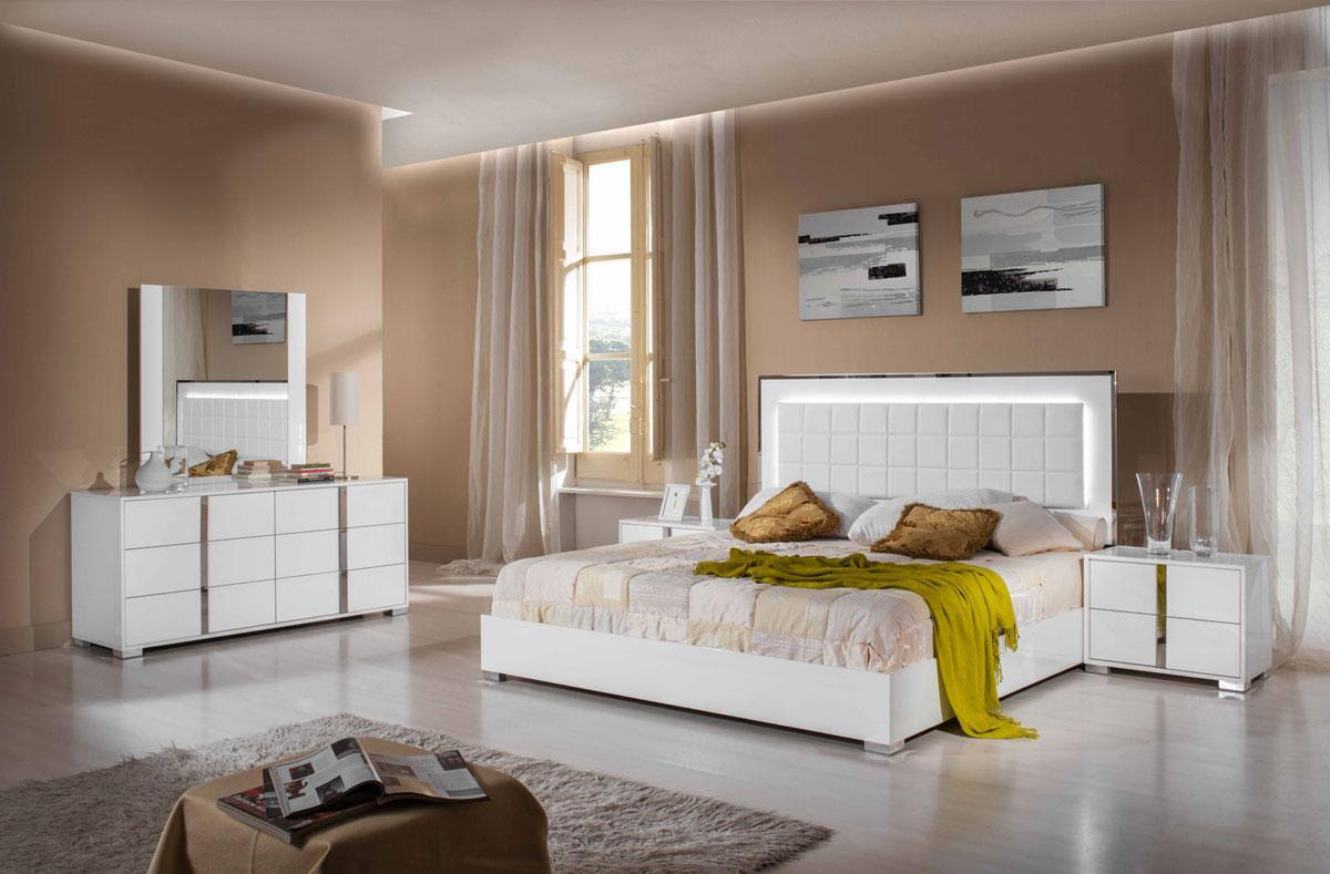 Modern White Glossy Bed Silvio | Modern Bedroom Furniture