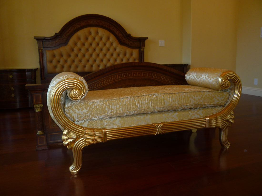 Baroque bed frame gothic bedroom chambre prune gothique for Chambre baroque